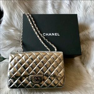 CHANEL Metallic Quilted Jumbo Single Flap Silver